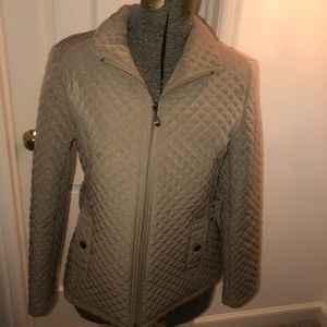 Gallery beige winter coat- new without tags